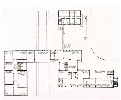 gropius house floor plan