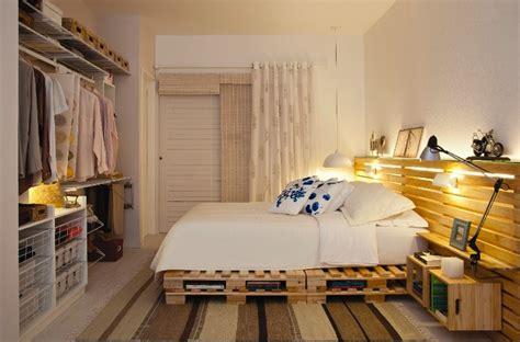 Regency Upholstery Fabric Mariage Chambre D 233 Cor 233 E Avec Des Palettes Et Des Bo 238 Tes De