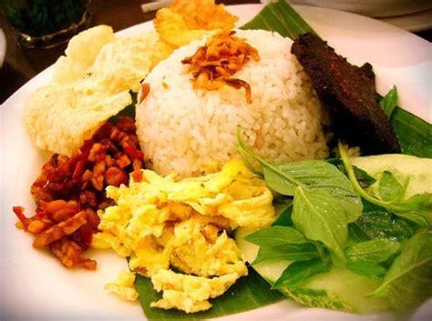 resep  membuat nasi uduk betawi  enak  gurih