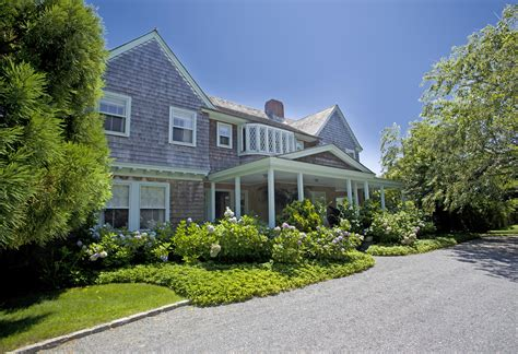 grey gardens house grey gardens is summer rental for 250 000