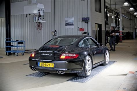 Porsche Classic Center by Porsche Classic Center Gelderland Explora