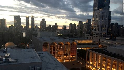 roof top bars new york city new york city s best rooftop bars cnn com