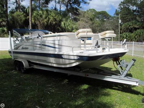 deck boat fishing boat 2006 used hurricane 226re fun deck fishing deck boat for