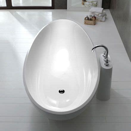 Reuter Badewannen 2953 die zehn sch 246 nsten badewannen ideen sanit 228 r branchen tga