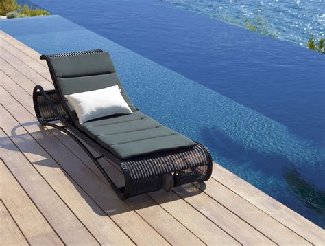 beautiful danishdesign sunbed escape  caneline