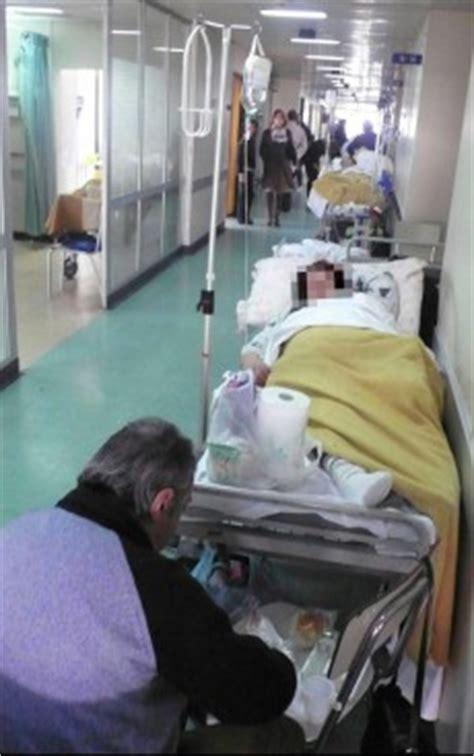 posti letto ospedali emergenza posti letto pazienti nei corridoi in cinque