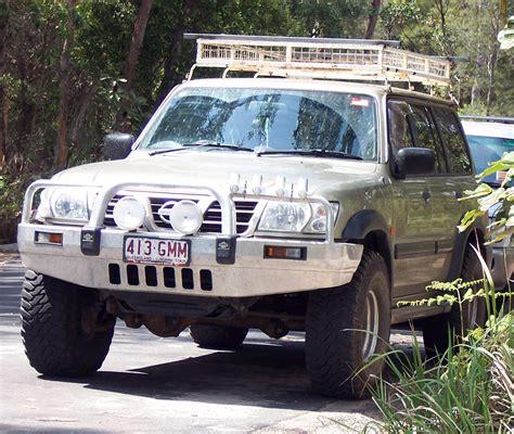 nissan jeep 2004 file 2001 2004 nissan patrol jpg wikimedia commons