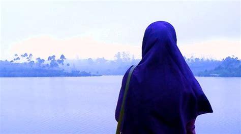Panduan Bagi Perempuan Muslimah cara berwudlu di tempat terbuka bagi muslimah percikan iman