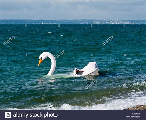 swan boats portsmouth swan pedalo stock photos swan pedalo stock images alamy