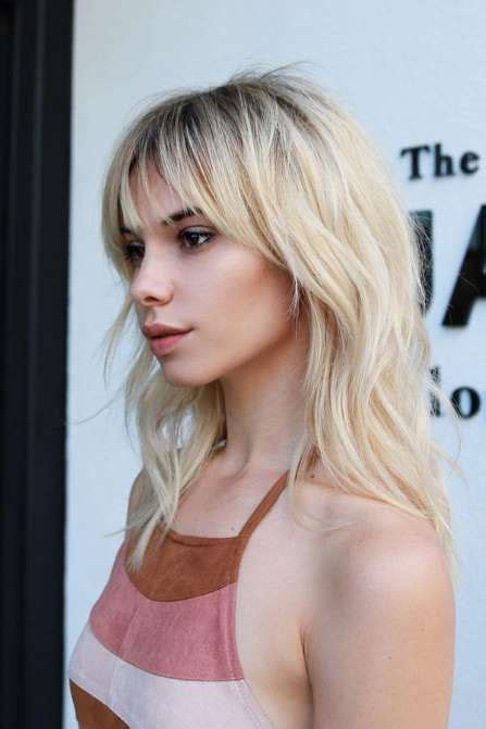 tapered bangs hairstyles the raddest haircuts to get this fall wispy bangs