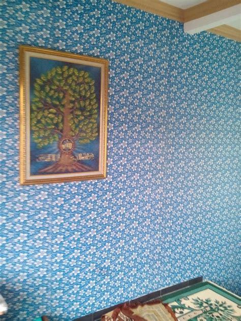 jual wallpaper dinding motif batik kupu biru tua  lapak