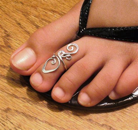 sterling silver toe ring twisted wire wrapped cute and