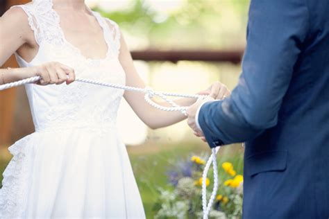 Wedding Traditions by 50 Wedding Traditions And Superstitions Huffpost