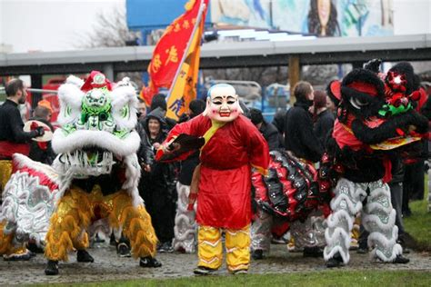 new year parade liverpool 2016 new year 2016 lanterns for liverpool s chinatown