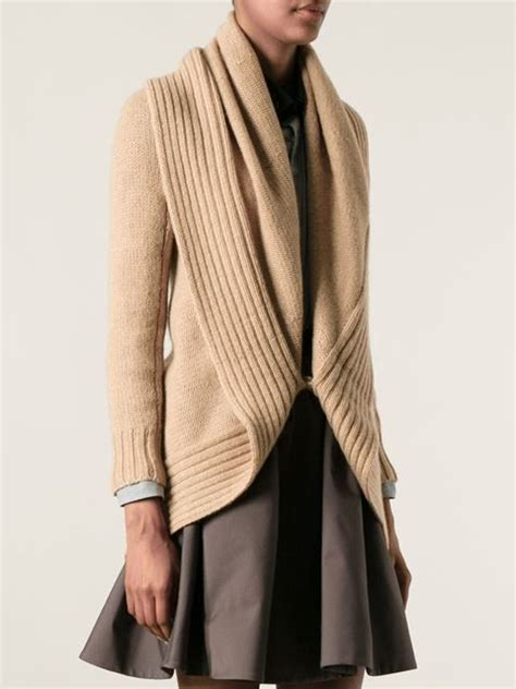 pattern grace cardigan saw this on grace and frankie and i m obsessed rl shawl