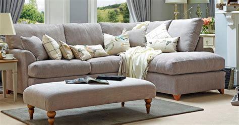 divani azzurri scegli il divano giusto per il tuo monolocale idee mobili