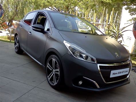 peugeot grey on the road peugeot 208 gt line facelift www in4ride net