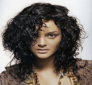 s curly hairstyles 2012 curly hair trends for 2012 hirstyles and haircuts for 2014