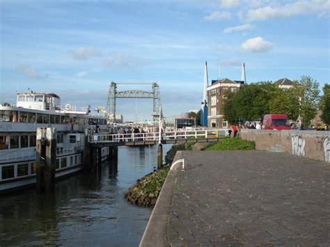 ligplaats boot rotterdam foto ligplaats tourmalijn
