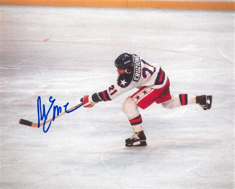 Miracle Hockey Mike Eruzione Autographed 1980 Usa Olympic Hockey Quot Miracle On Quot 8x10 Photo Dacw Da Card World