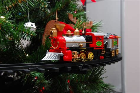 polar express christmas tree train set pin by robin soulant on