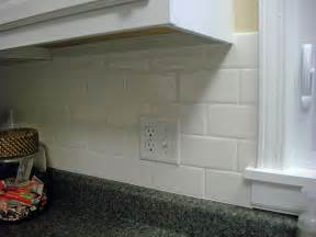 Subway Tile In Kitchen Backsplash 2 Different Types Of Backsplash Tile Trend Home Design