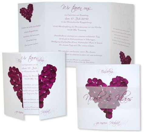 Hochzeitseinladungen Violett altarfalz hochzeitseinladung rosenbl 228 tter violett