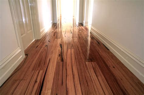Chestnut Flooring by Australian Wormy Chestnut