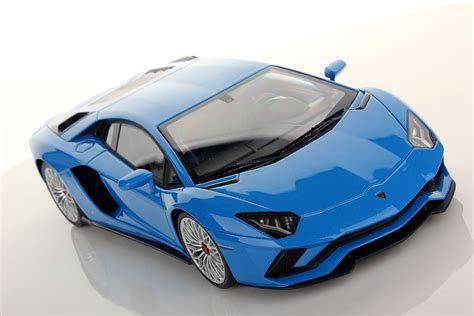 lamborghini aventador blue lamborghini aventador s 1 18 mr collection models
