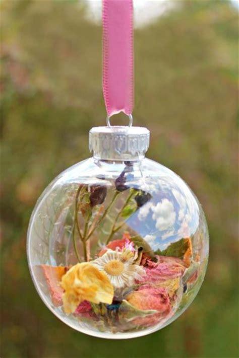 Best 25  Preserving Flowers ideas on Pinterest   Wedding