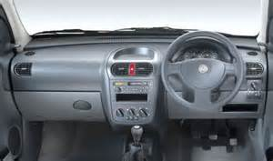 Vauxhall Astra Combo Vauxhall Astra 1 7cdti 2005 Owners Manual Page 5