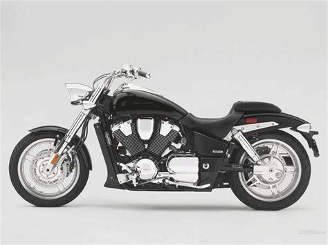Suzuki Vtx 1800 Custom Honda Vtx 1800 Motorcycle Tech Review