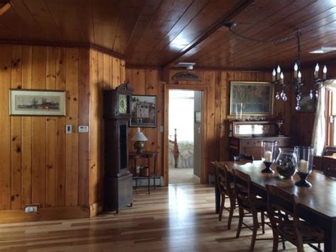 What Of Paint Do You Use On Interior Doors by Should I Paint A Knotty Pine Dining Room