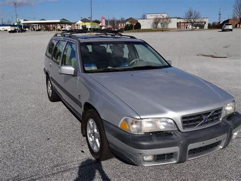 find   volvo  xc awd wagon  door   greenville south carolina united states
