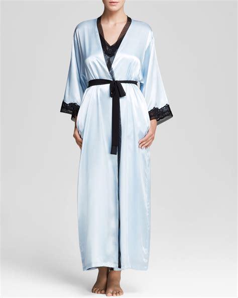 oscar de la renta robe oscar de la renta charmeuse robe in blue lyst