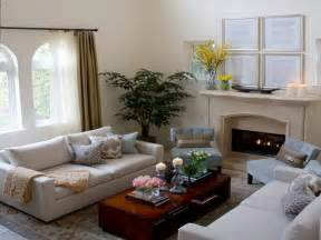 decorating small livingrooms living room decorating small living room space with fireplace cozy small living room with