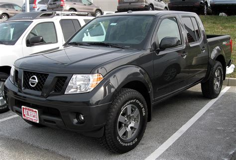 how things work cars 2011 nissan frontier navigation system file 2011 nissan frontier 12 31 2010 jpg wikimedia commons