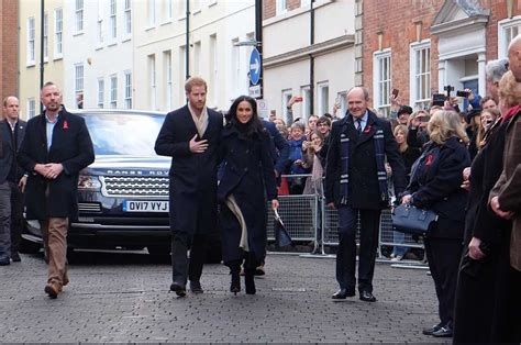 kensington palace twitter watch live prince harry and meghan markle are speaking at