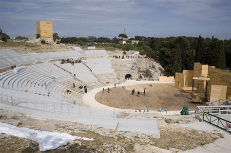 teatro greco di siracusa siracusa i carmina burana al teatro greco di siracusa