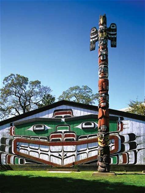 images of totem poles totem pole britannica