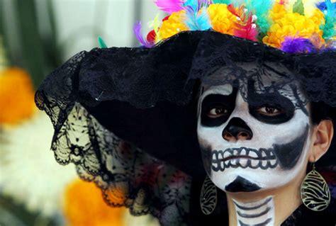 asi se puso el desfile de catrinas y catrines leyendasdevictoria catrinas en mexico df