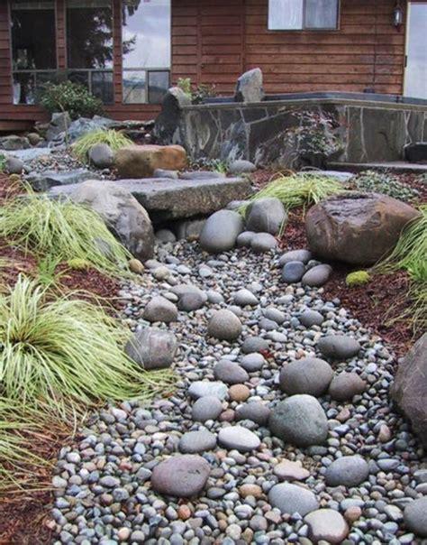 decoracion de jardines con piedras y flores jardines con piedras 45 fotos y sugerencias para su dise 241 o
