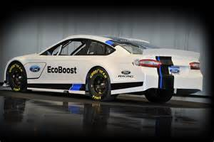 new car racing 2013 this is the new 2013 ford fusion nascar racecar
