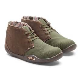 comfortable boots for standing all day 17 best images about s shoes for plantar fasciitis