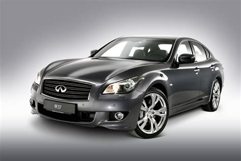 nissan s luxury brand infiniti to go on sale in australia