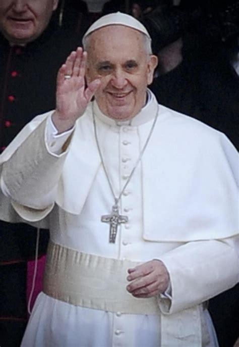 Papa Francesco papa francesco istituisce una commissione d indagine sullo