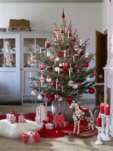 schweden dekoration 220 ber 1 000 ideen zu weihnachtstisch dekoration auf