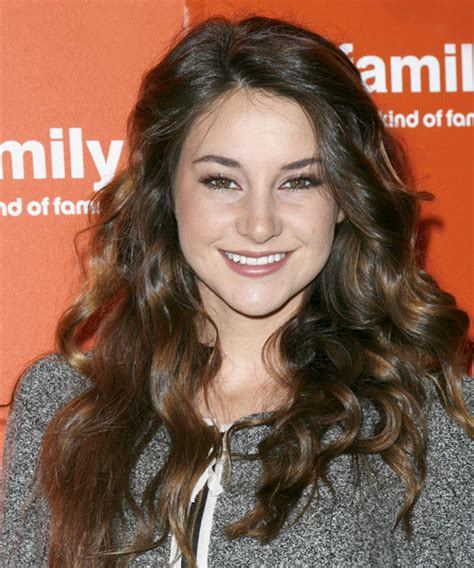 Celebrity Hairstyles: Shailene Woodley Curly Volume