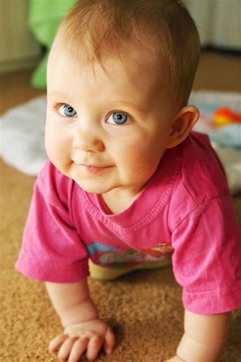 A Quanti Mesi Gattonano I Bambini by A Che Et 224 Deve Iniziare A Camminare Mio Figlio Mamma Felice