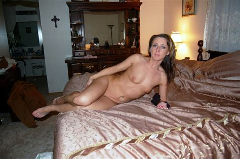 Porn Amateur Milf Penetrated And Cum On Her Sweet Pussy
